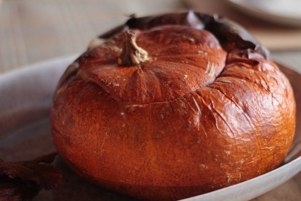http://archieandtherug.com/food/pumpkin-cheese-fondue/ pumpkin recipe vegetarian