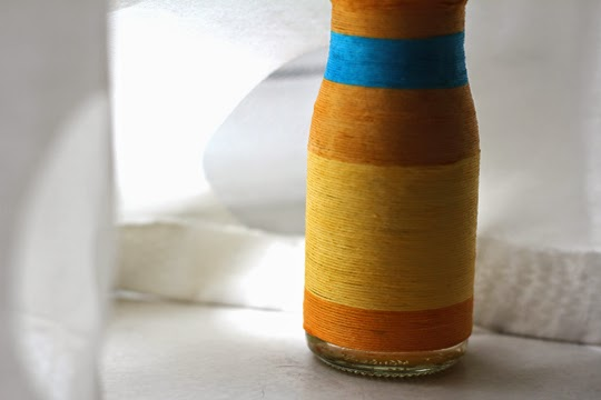 make your own thread bud vase rener friendly craft project
