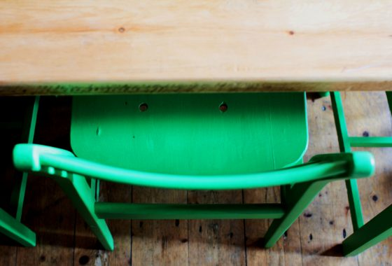paint your own furniture update dining chairs chalk paint