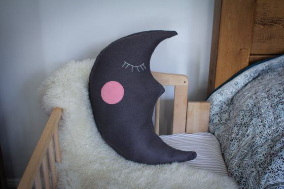 a felt moon cushion baby interiors diy http://archieandtherug.com/craft/making-a-moon-cushion-craft/