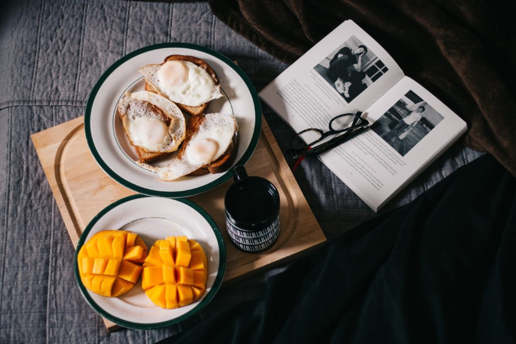 breakfast in bed read a book slow living the weekend project le weekend52