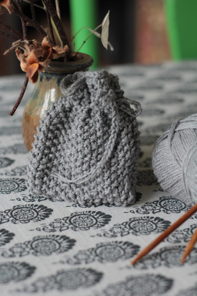 simple knitted sustainable craft soap saver on table